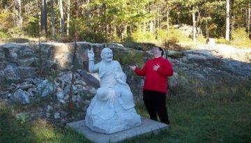 jer-mocks-buddha