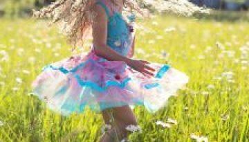 twirl-girl